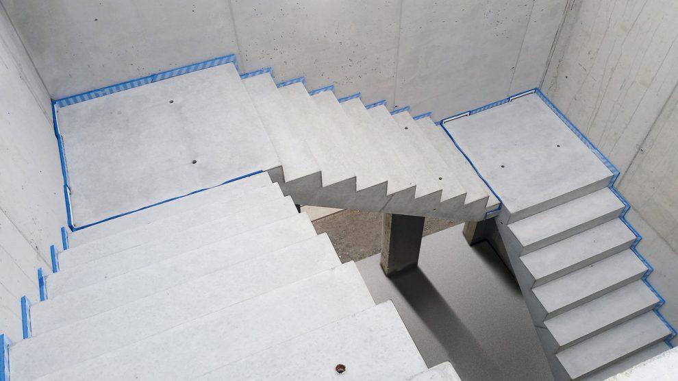 Izolacja akustyczna klatek schodowych